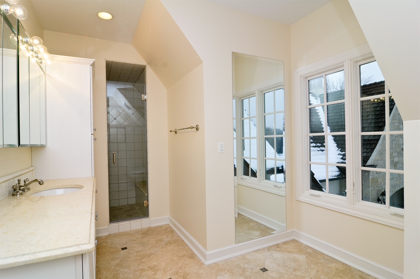 Real Estate Photography - 411 Caesar Dr, Barrington Hills, IL, 60010 - 2nd Bathroom