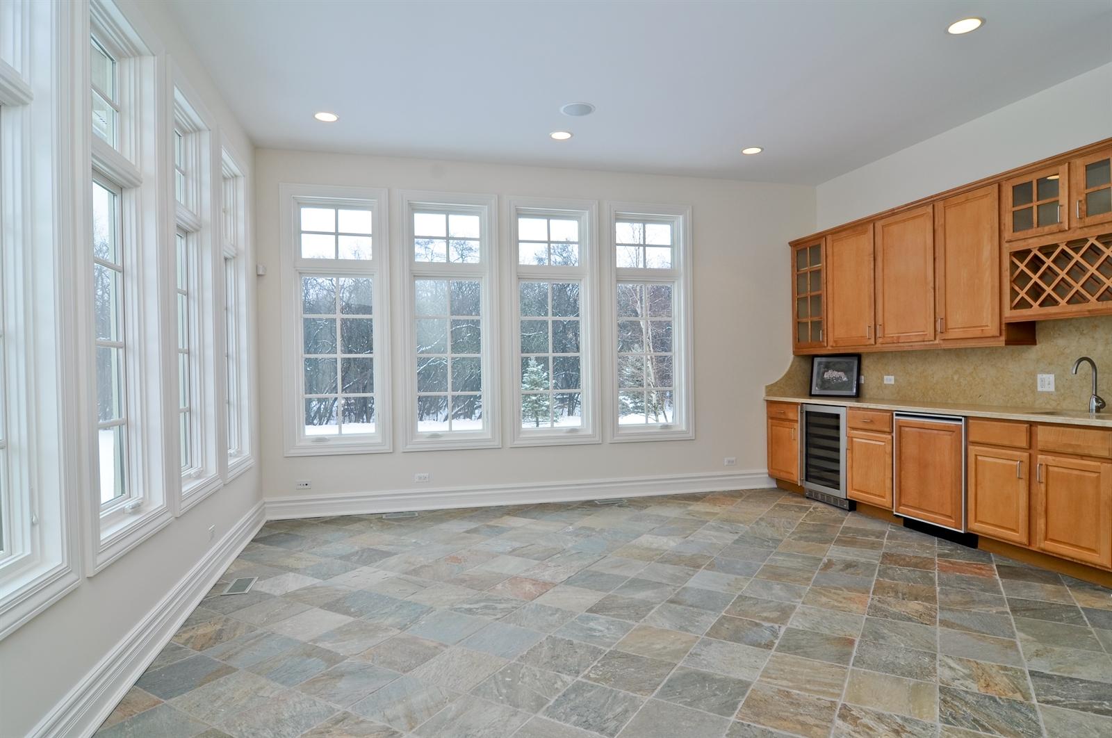 Real Estate Photography - 411 Caesar Dr, Barrington Hills, IL, 60010 - Sun Room