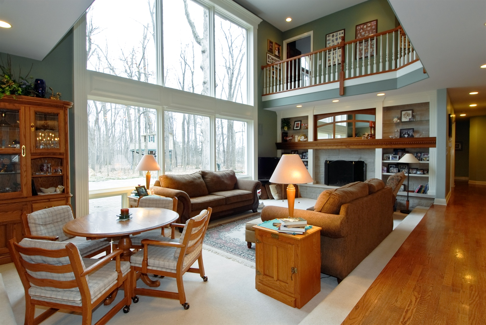 Real Estate Photography - 620 E Gartner Rd, Naperville, IL, 60540 - Great Room