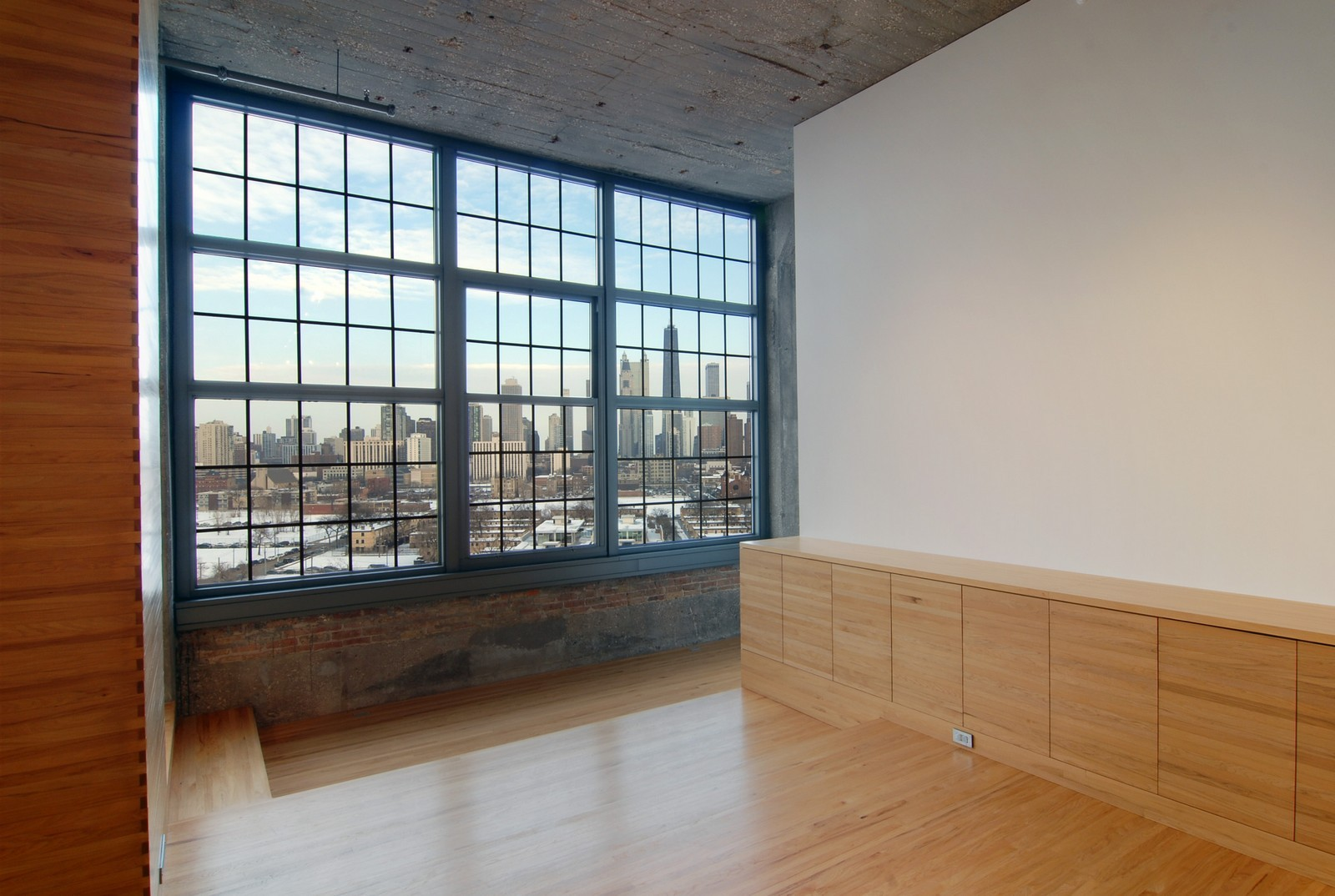 Real Estate Photography - 900 N Kingsbury St, Unit 950, Chicago, IL, 60654 - Extra Room