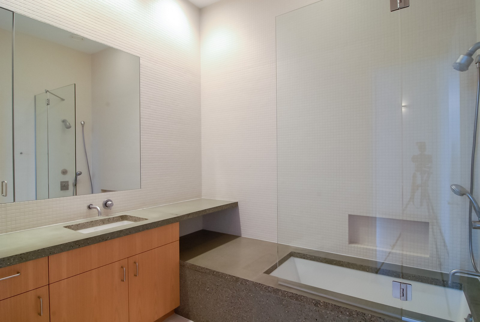Real Estate Photography - 900 N Kingsbury St, Unit 950, Chicago, IL, 60654 - Bathroom