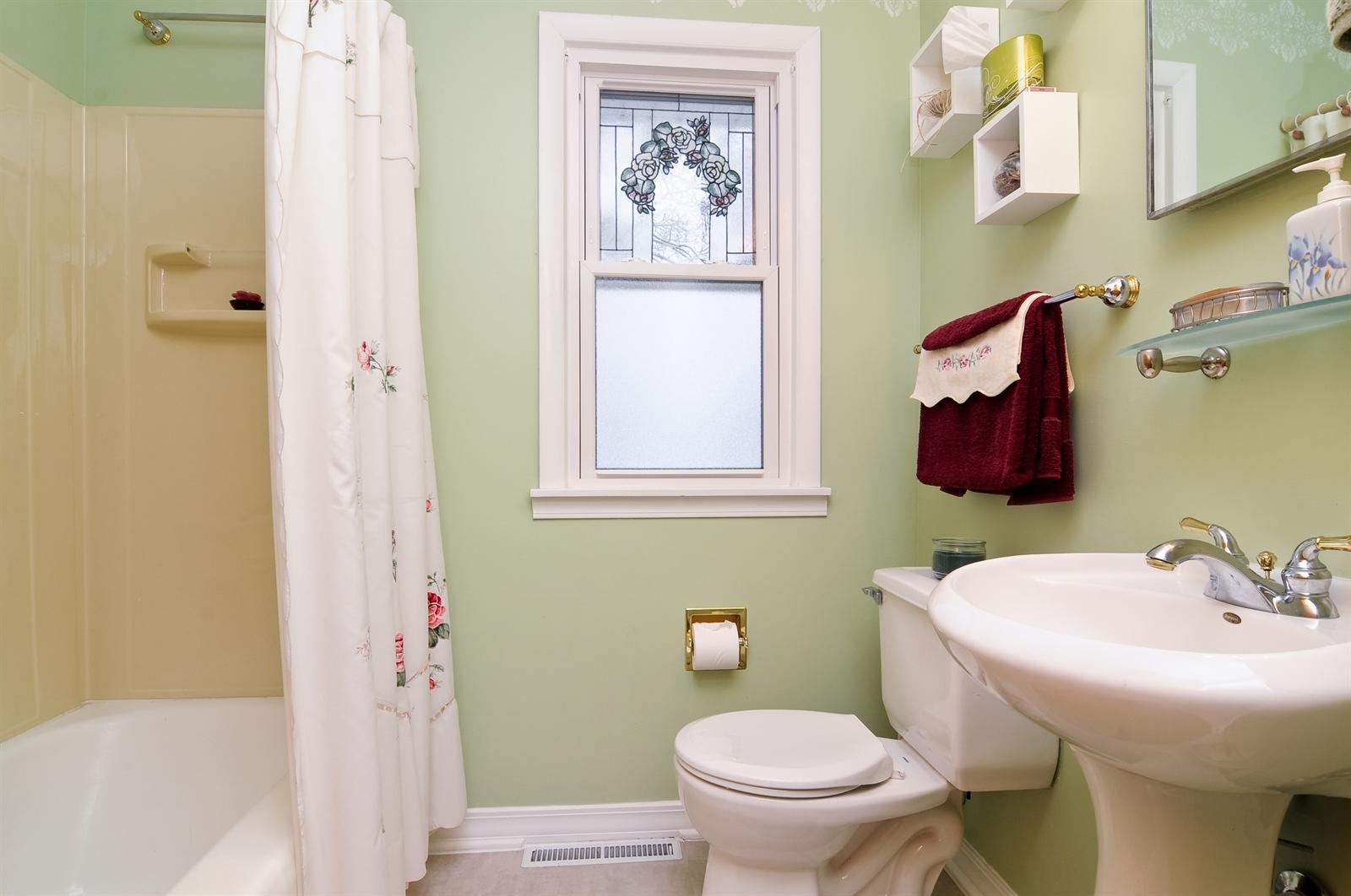Real Estate Photography - 214 Helena Ave, Wauconda, IL, 60084 - Bathroom