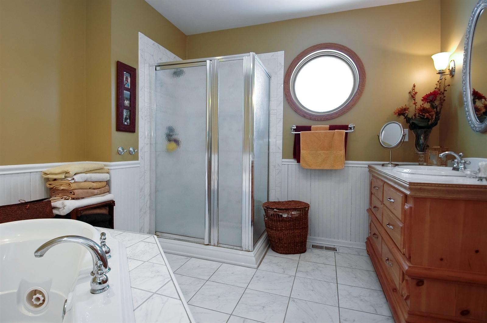 Real Estate Photography - 405 Concord Ave, Fox River Grove, IL, 60021 - Master Bathroom