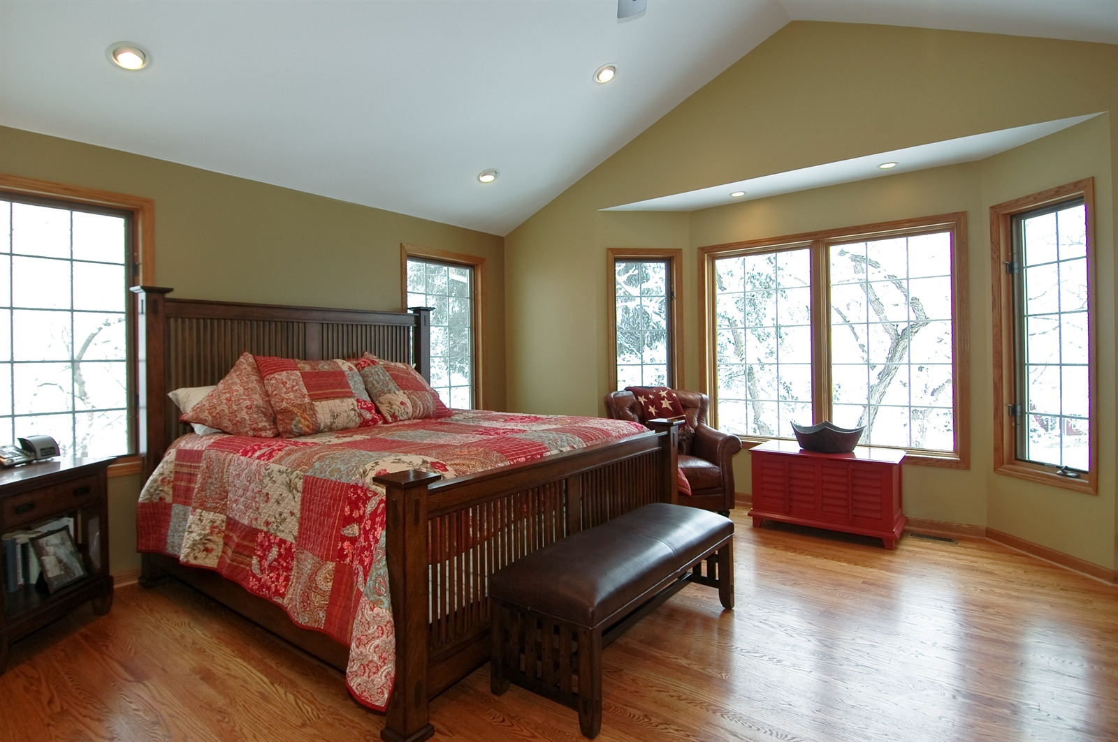 Real Estate Photography - 405 Concord Ave, Fox River Grove, IL, 60021 - Master Bedroom