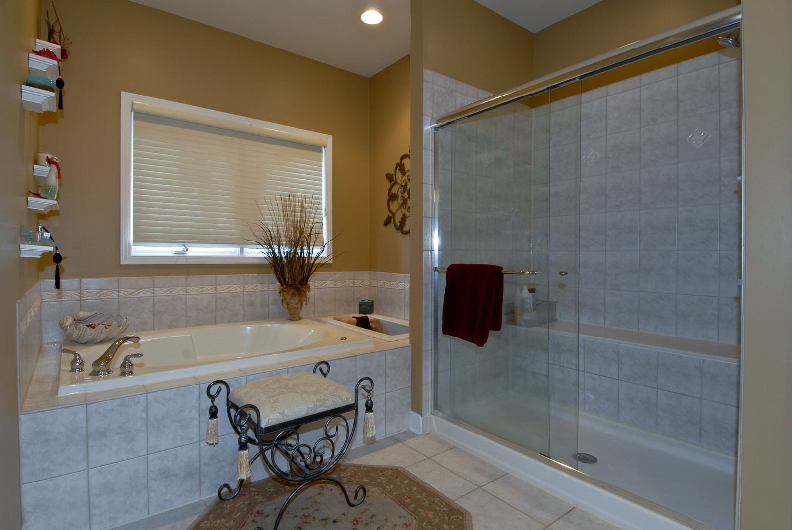 Real Estate Photography - 701 Ashton Ln, South Elgin, IL, 60177 - Master Bathroom