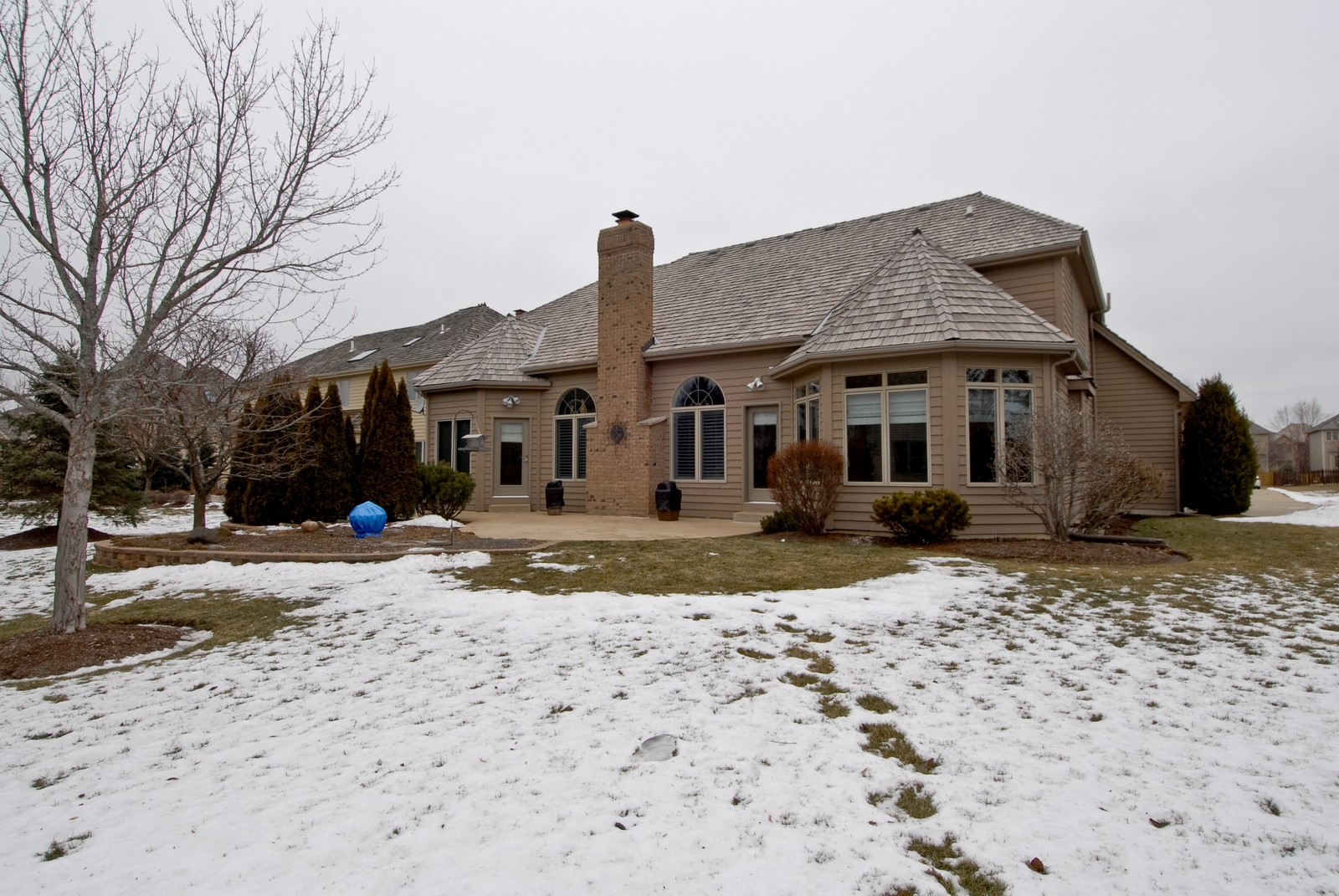 Real Estate Photography - 701 Ashton Ln, South Elgin, IL, 60177 - Rear View