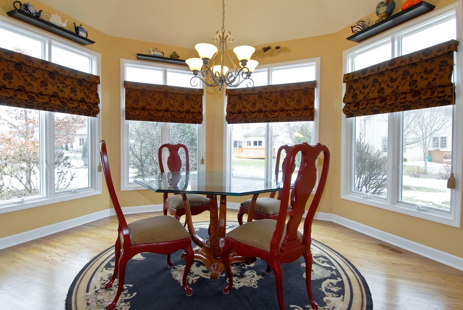 Real Estate Photography - 701 Ashton Ln, South Elgin, IL, 60177 - Breakfast Nook