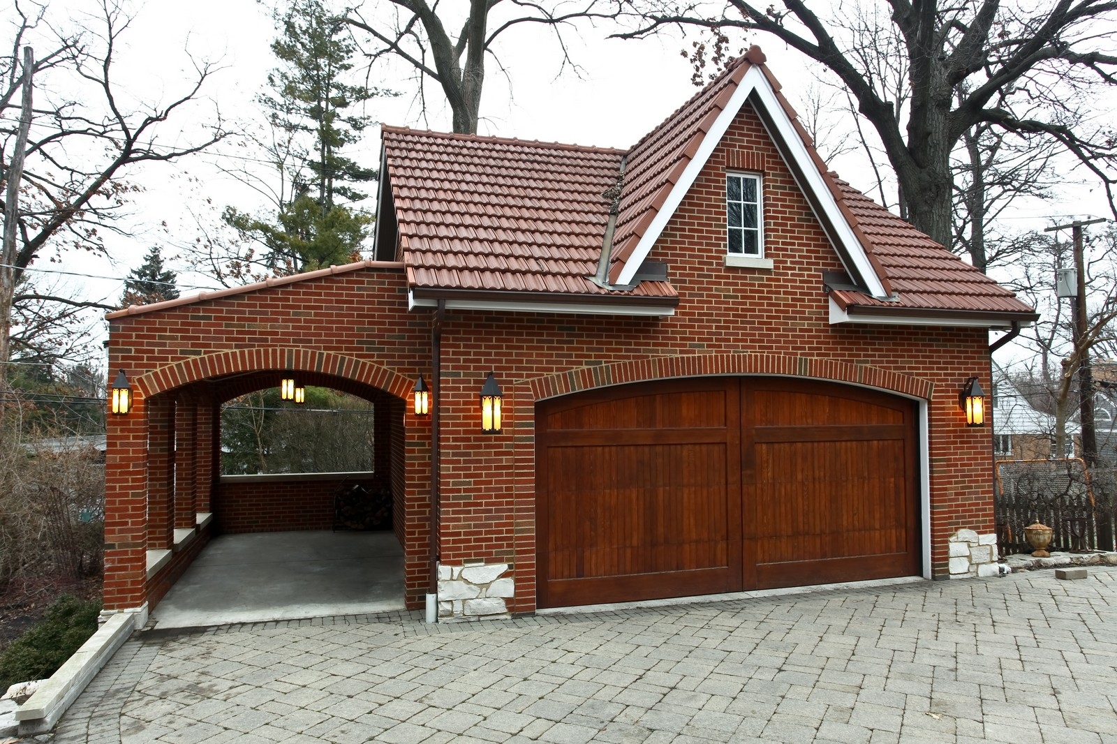 Real Estate Photography - 864 Woodland Dr, Glen Ellyn, IL, 60137 - Garage