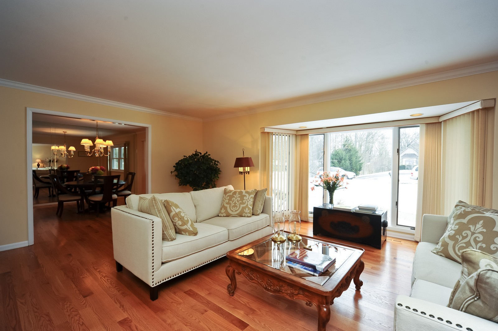 Real Estate Photography - 921 Oak Spring Ln, Libertyville, IL, 60048 - Living Room / Dining Room