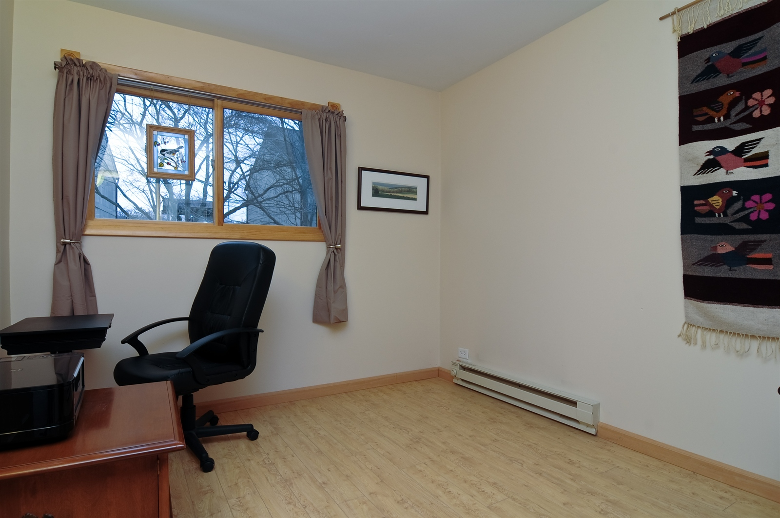 Real Estate Photography - 58 Vail Colony, Unit 6, Fox Lake, IL, 60020 - 2nd Bedroom
