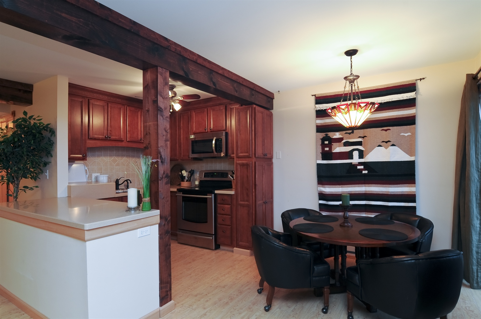 Real Estate Photography - 58 Vail Colony, Unit 6, Fox Lake, IL, 60020 - Kitchen / Breakfast Room