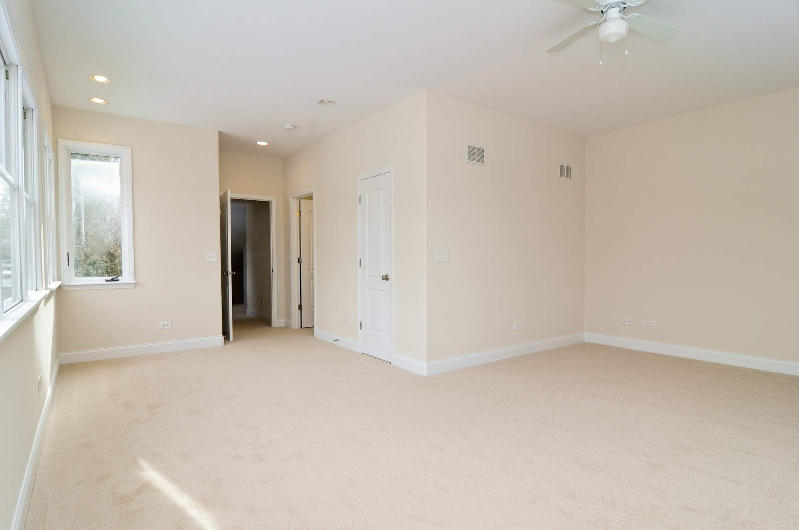 Real Estate Photography - 109 N River Rd, Fox River Grove, IL, 60021 - Master Bedroom