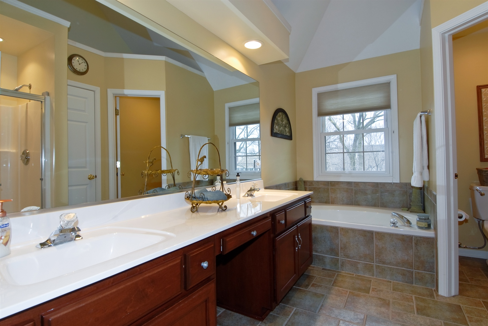 Real Estate Photography - 644 Dewig Ct, North Aurora, IL, 60542 - Master Bathroom