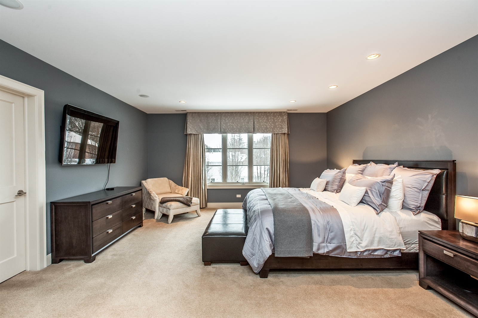 Real Estate Photography - 1715 Cloverdale Ave, Highland Park, IL, 60035 - Master Bedroom