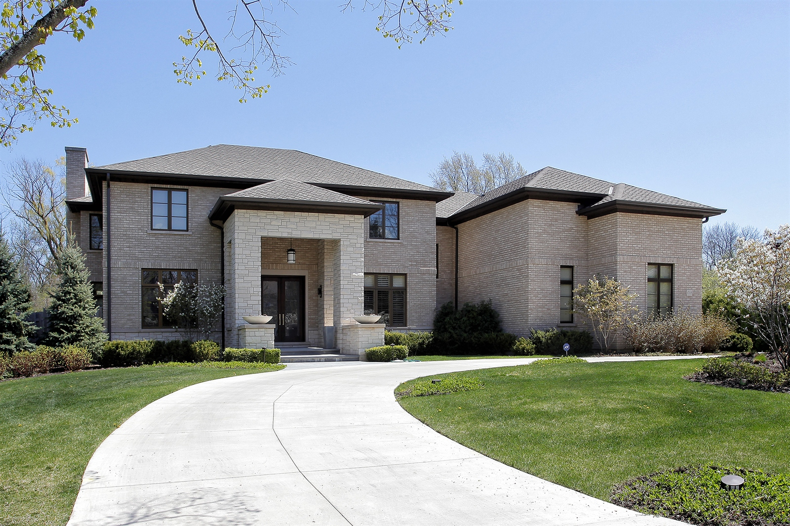 Real Estate Photography - 1715 Cloverdale Ave, Highland Park, IL, 60035 - Exterior Front