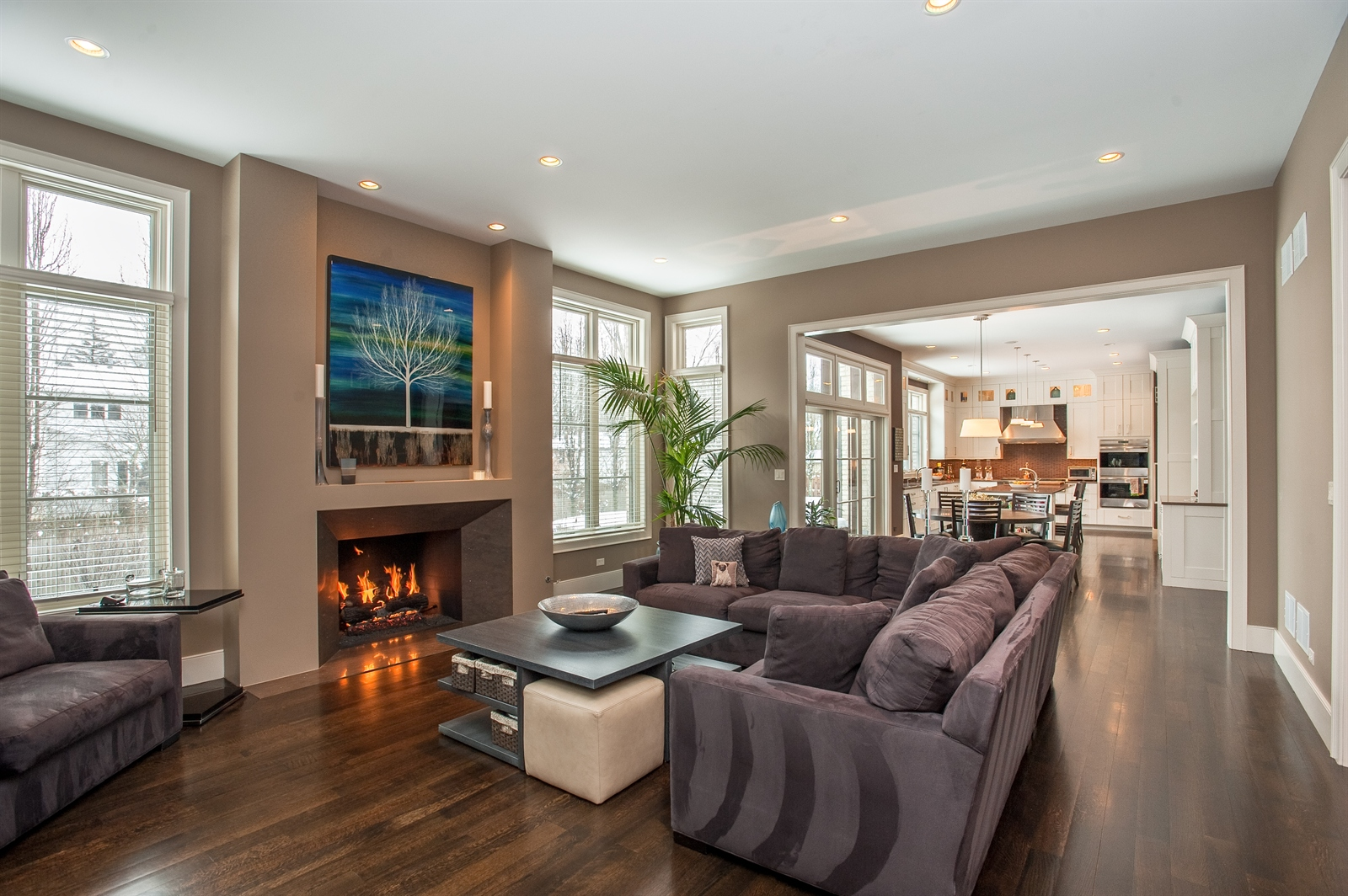 Real Estate Photography - 1715 Cloverdale Ave, Highland Park, IL, 60035 - Family Room / Kitchen