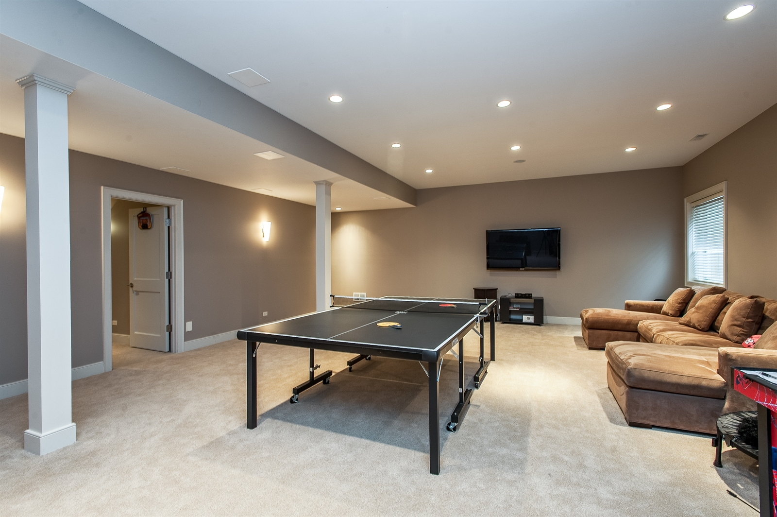 Real Estate Photography - 1715 Cloverdale Ave, Highland Park, IL, 60035 - Play / Recreational Room