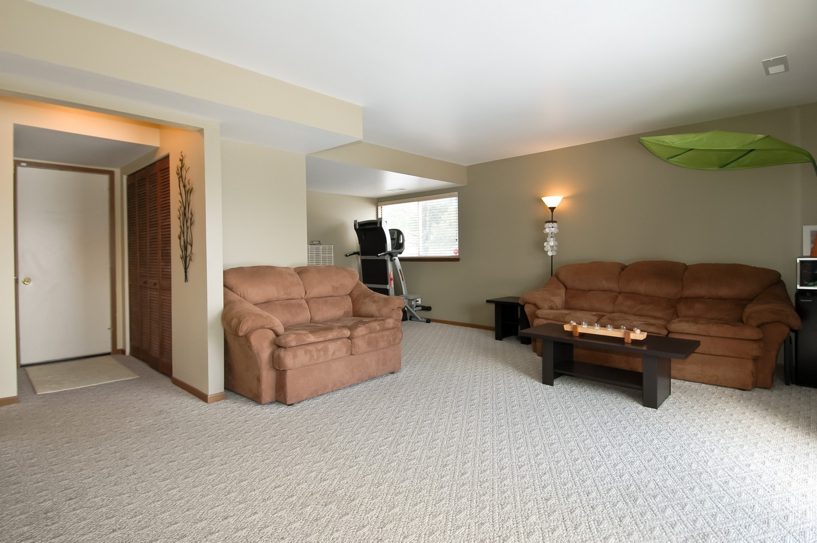 Real Estate Photography - 120 Springbrook Ct, McHenry, IL, 60050 - Lower Level