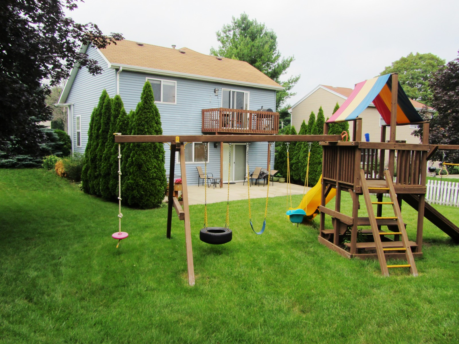 Real Estate Photography - 120 Springbrook Ct, McHenry, IL, 60050 -