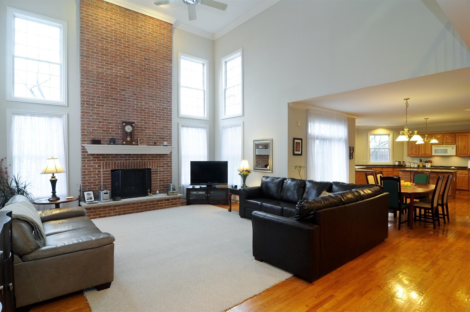 Real Estate Photography - 1020 Oakland, Barrington, IL, 60010 - Family Room