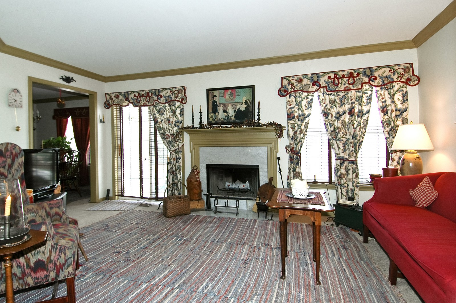 Real Estate Photography - 10520 Wakefield Ln, Huntley, IL, 60142 - Living Room