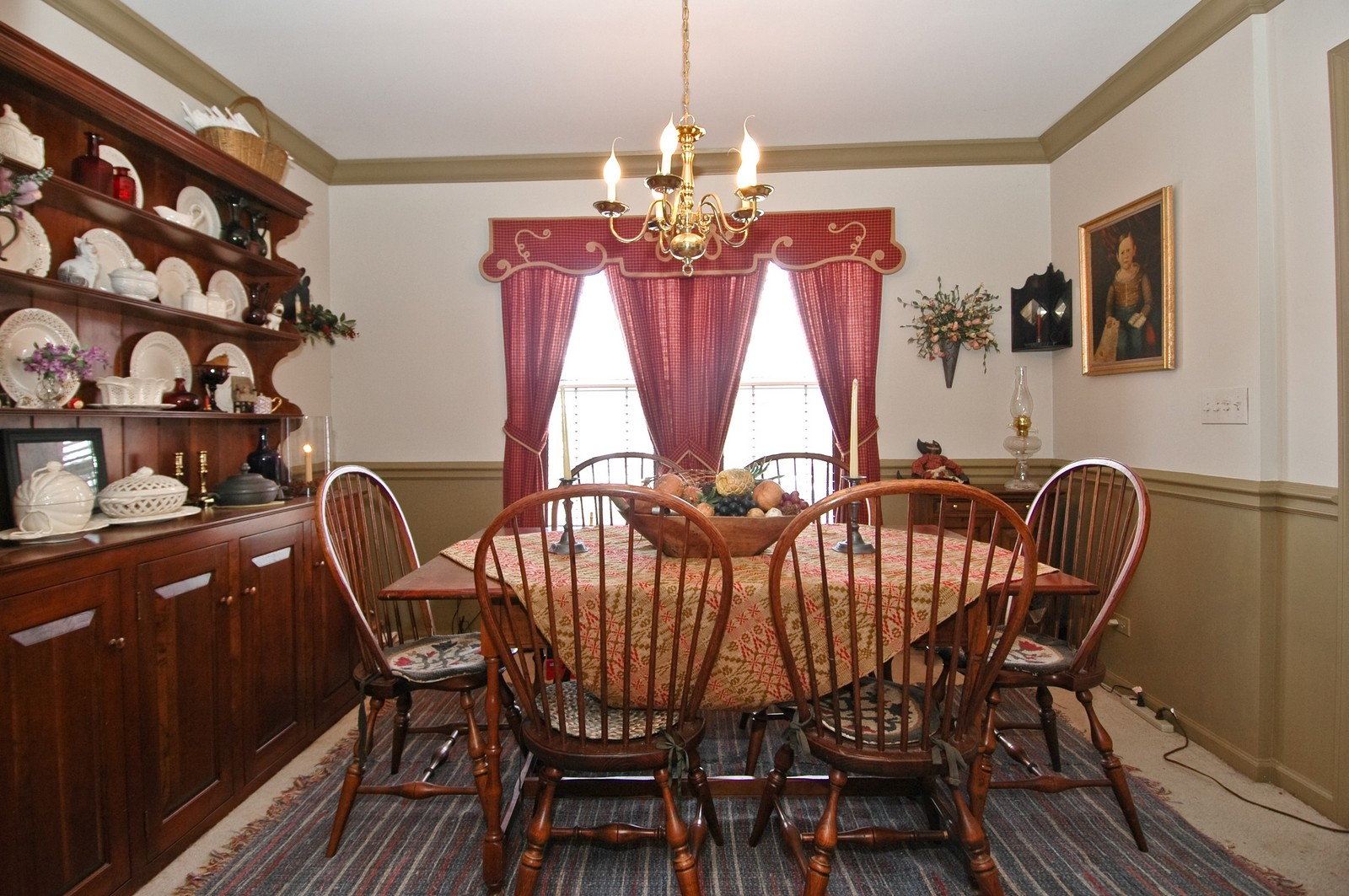 Real Estate Photography - 10520 Wakefield Ln, Huntley, IL, 60142 - Dining Room