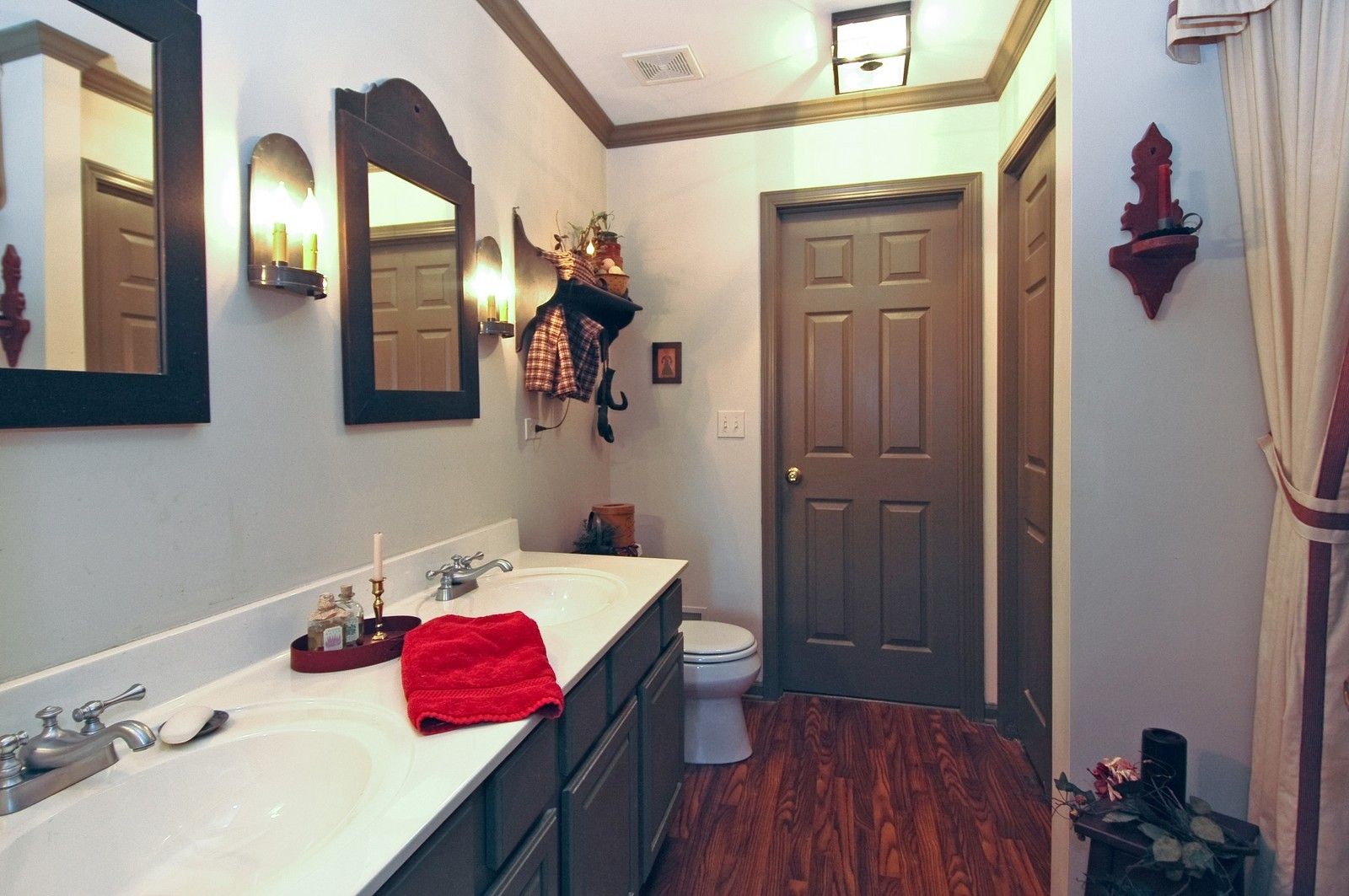 Real Estate Photography - 10520 Wakefield Ln, Huntley, IL, 60142 - Master Bathroom