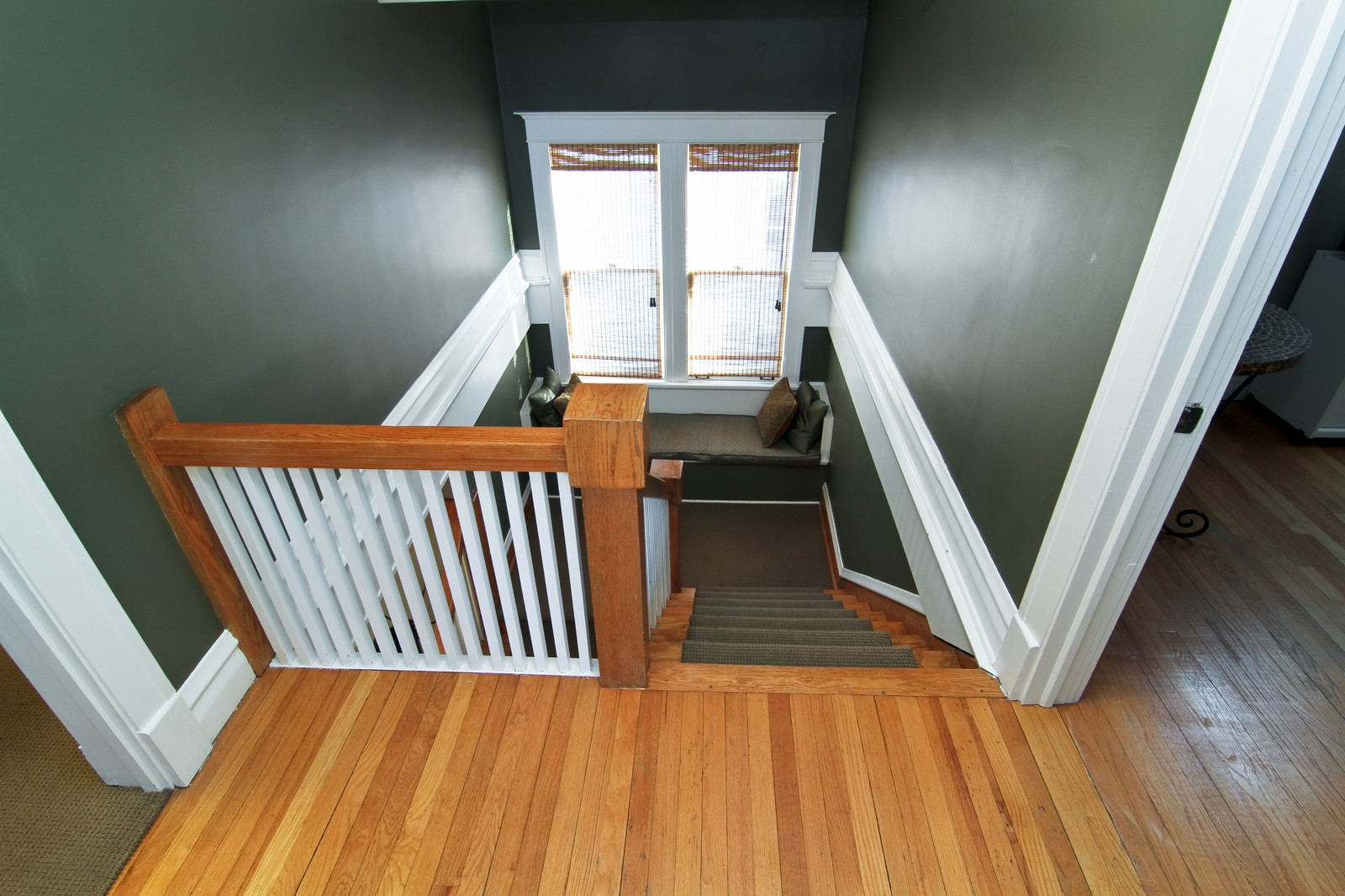 Real Estate Photography - 310 S Hale St, Wheaton, IL, 60187 - Loft