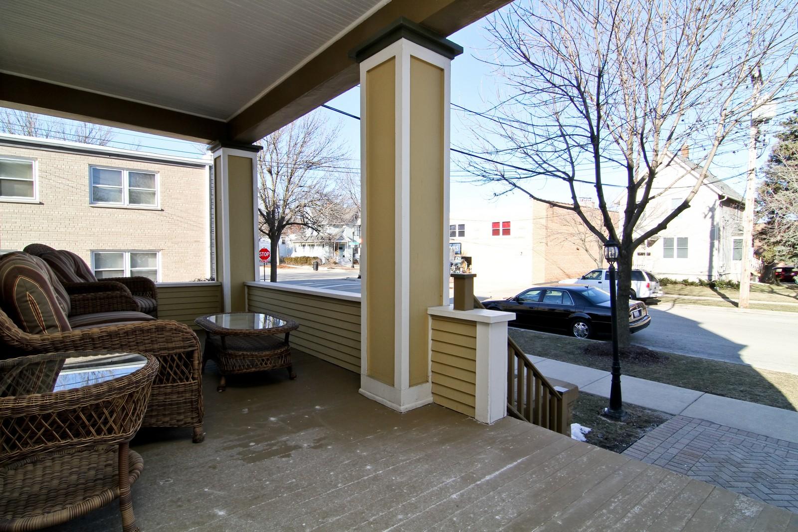 Real Estate Photography - 310 S Hale St, Wheaton, IL, 60187 - Porch