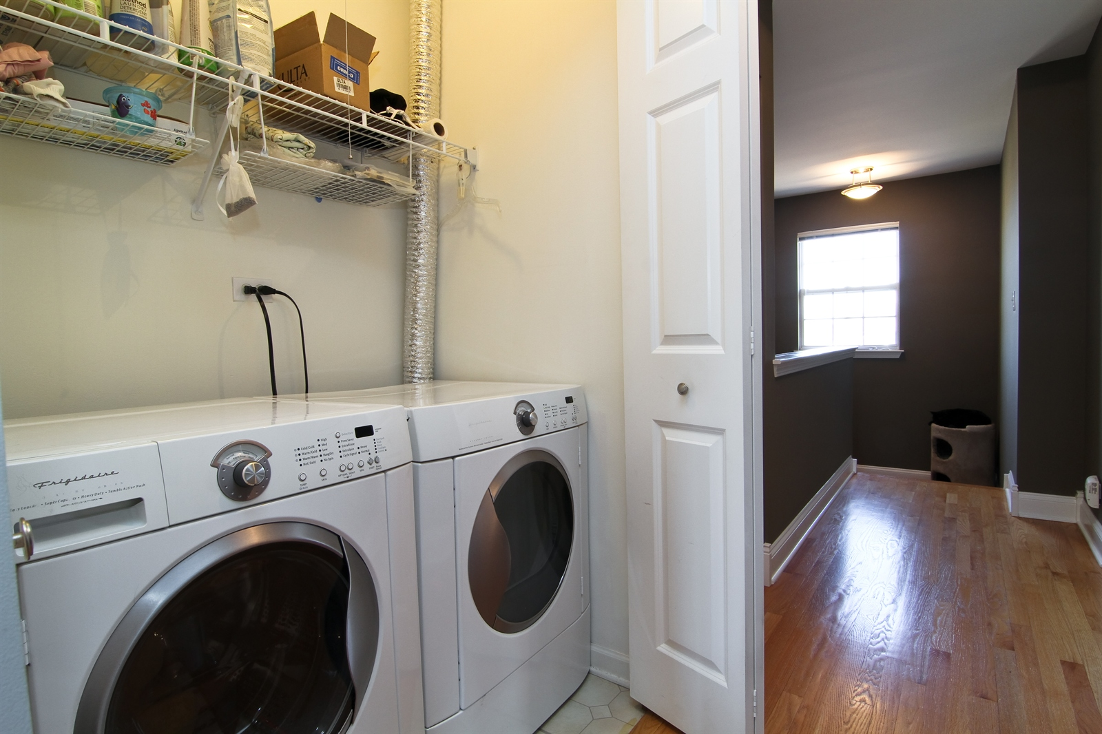 Real Estate Photography - 2765 Wodmere Dr, Darien, IL, 60561 - Laundry Room