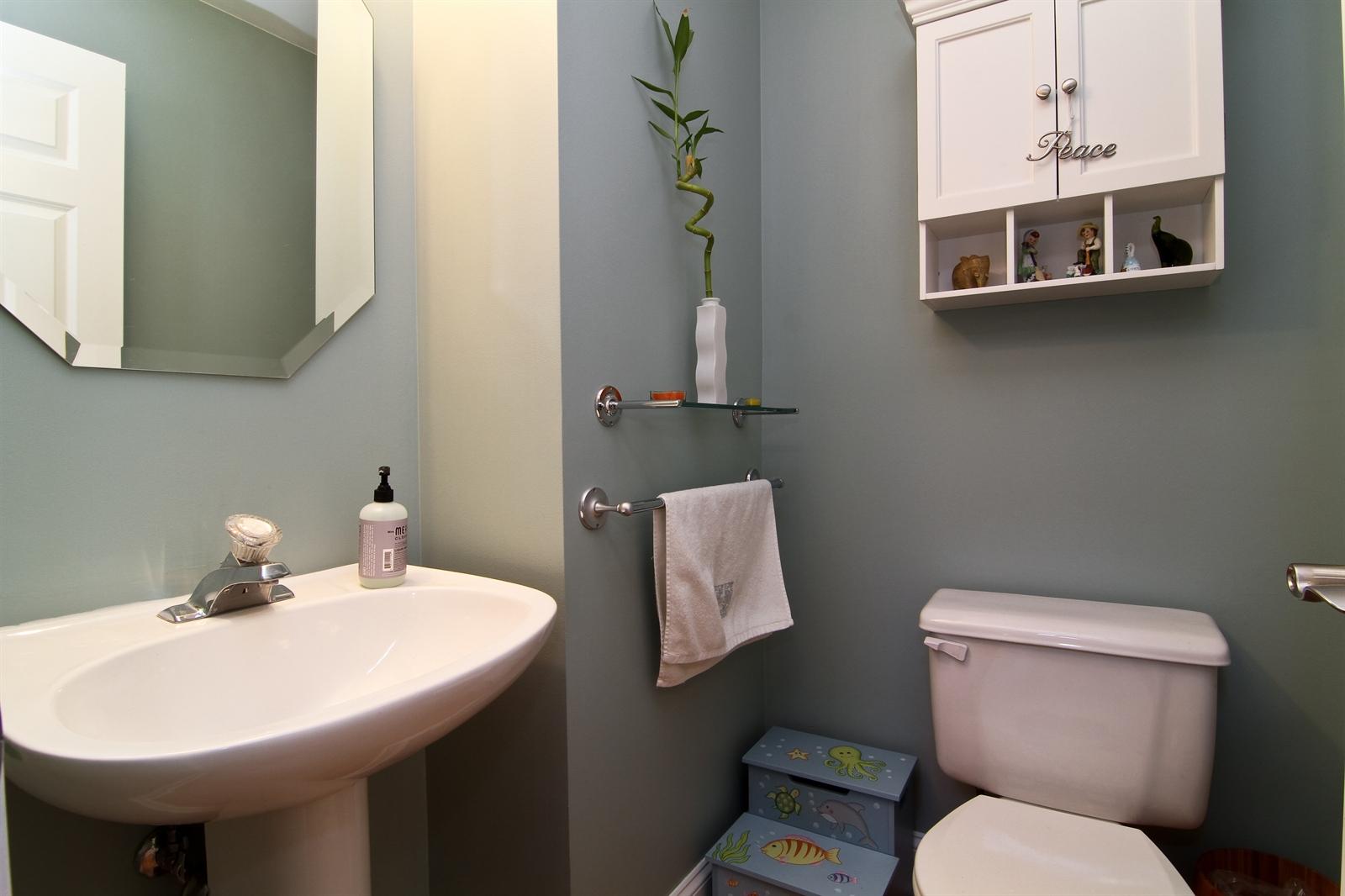 Real Estate Photography - 2765 Wodmere Dr, Darien, IL, 60561 - Half Bath