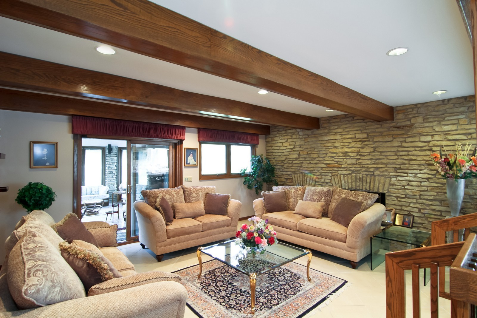 Real Estate Photography - 502 Midwest Club Pkwy, Oak Brook, IL, 60523 - Family Room