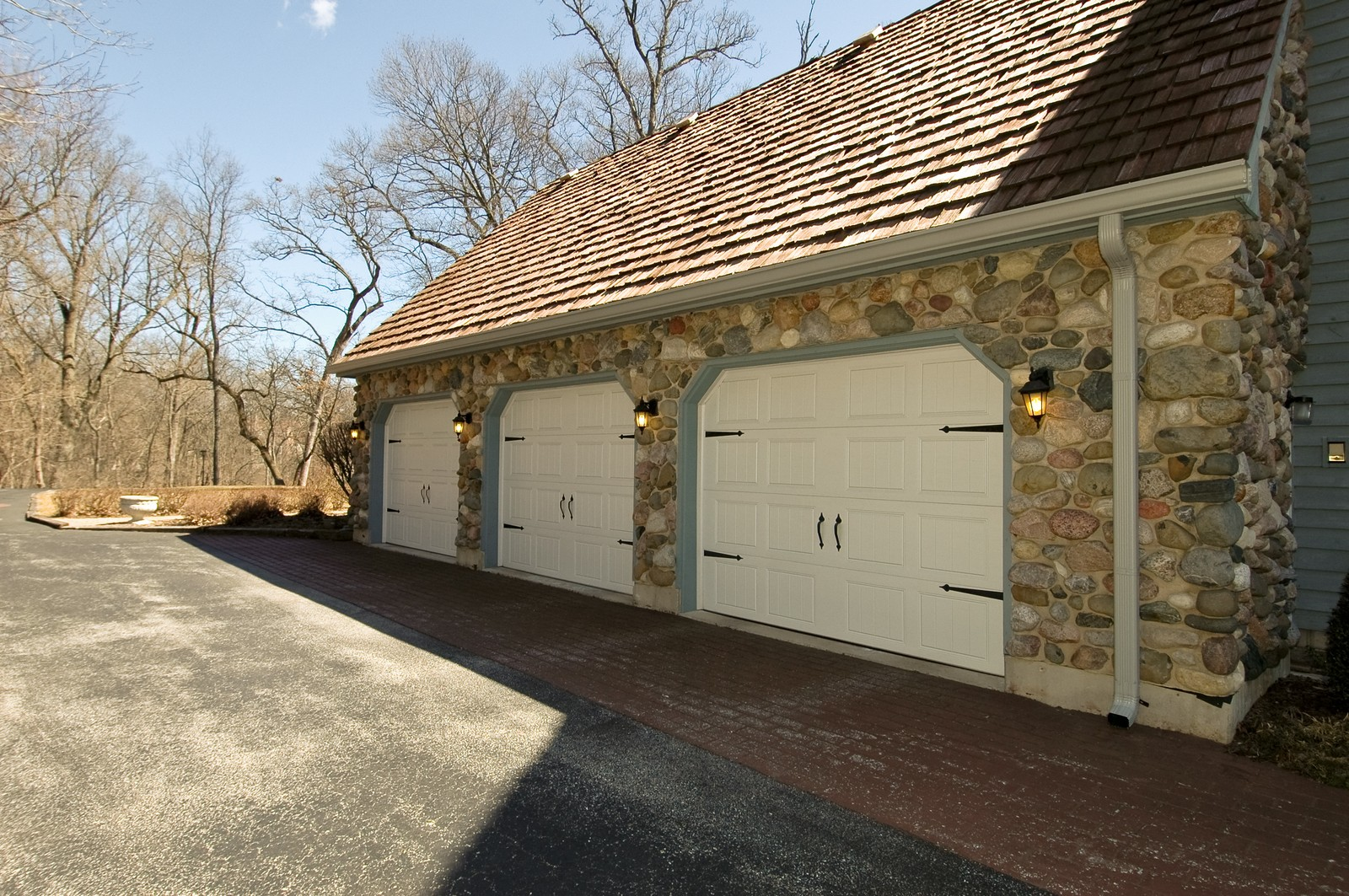 Real Estate Photography - 10424 Deerpath Rd, Woodstock, IL, 60098 - Garage