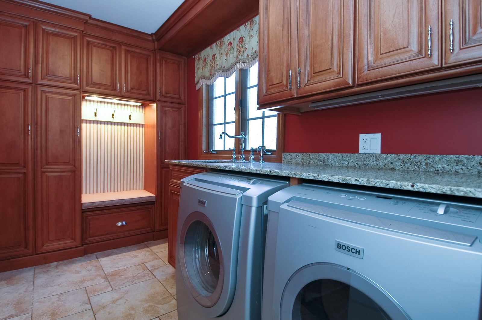 Real Estate Photography - 10424 Deerpath Rd, Woodstock, IL, 60098 - Laundry Room