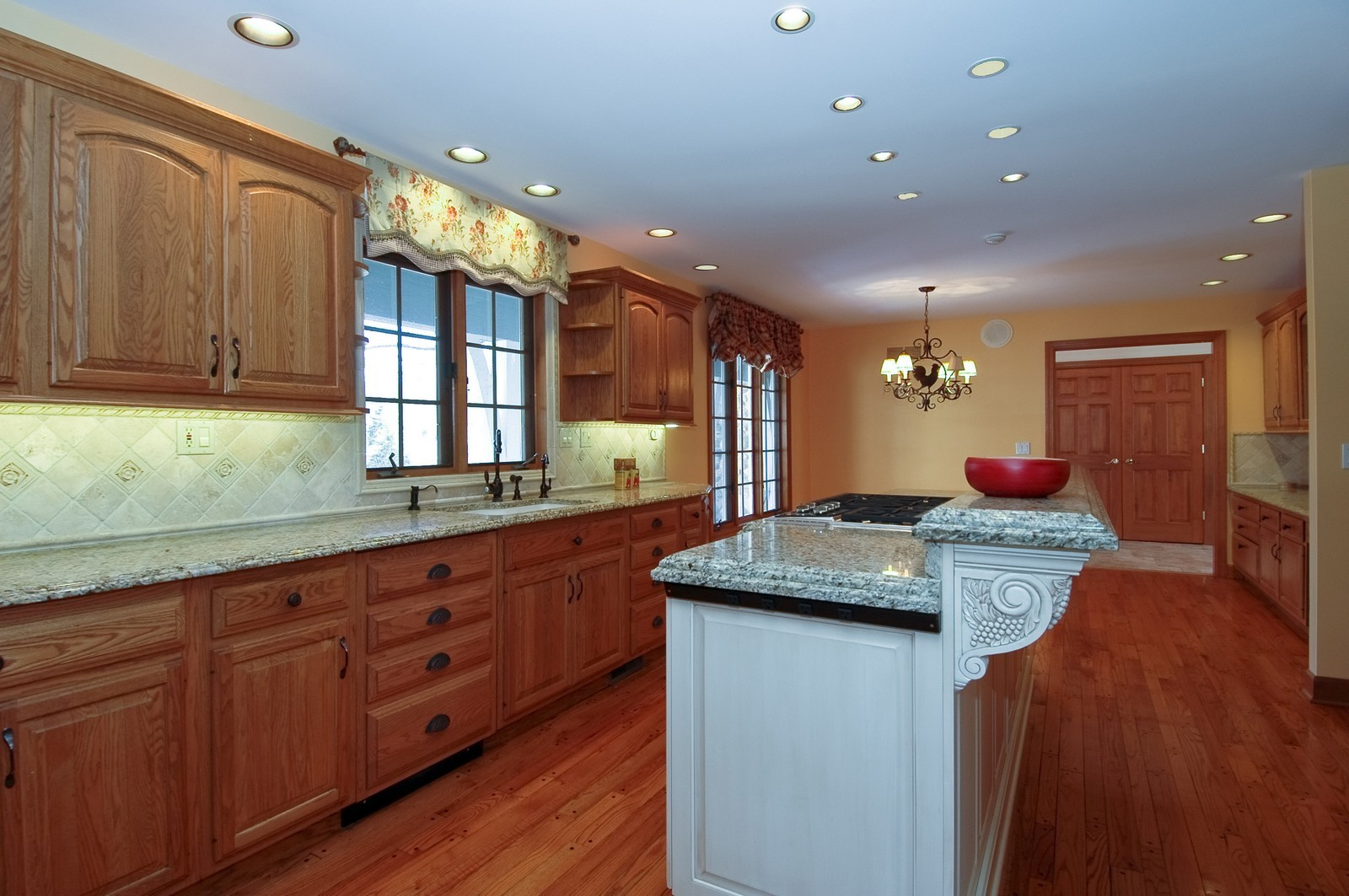 Real Estate Photography - 10424 Deerpath Rd, Woodstock, IL, 60098 - Kitchen