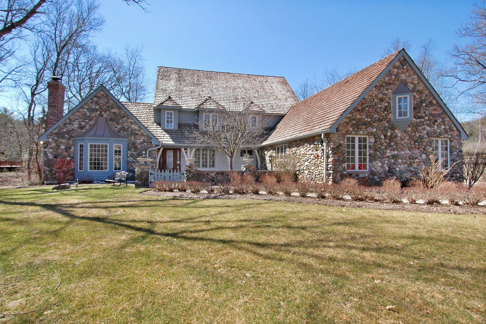 Real Estate Photography - 10424 Deerpath Rd, Woodstock, IL, 60098 - Front View