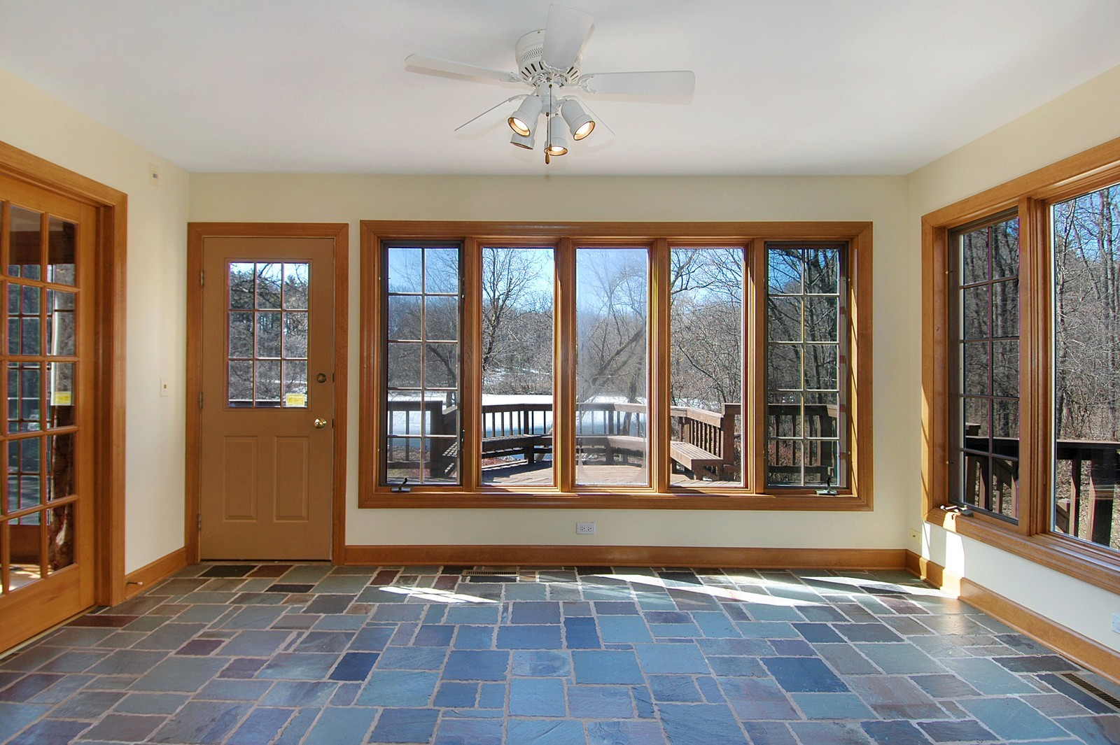 Real Estate Photography - 10424 Deerpath Rd, Woodstock, IL, 60098 - Sun Room