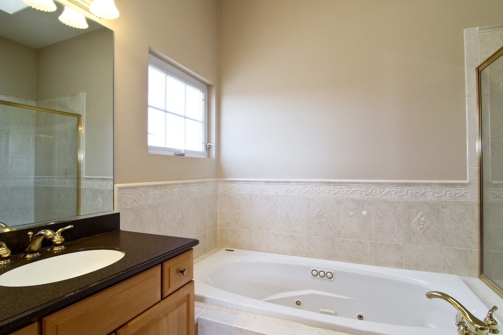 Real Estate Photography - 1135 Ironwood Ln, Lisle, IL, 60532 - Master Bathroom