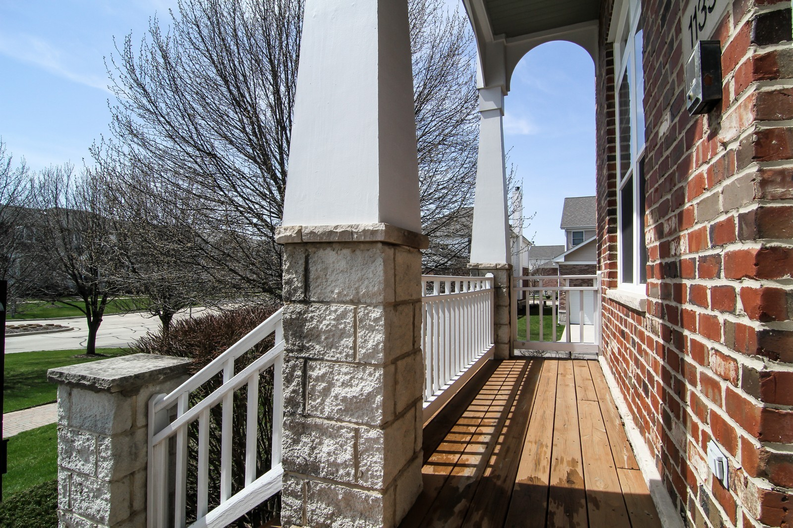 Real Estate Photography - 1135 Ironwood Ln, Lisle, IL, 60532 - Porch