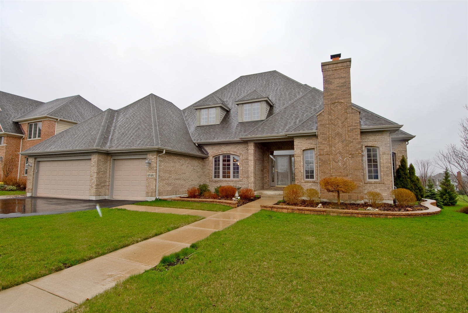 Real Estate Photography - 4N481 Samuel Clemens Dr, Saint Charles, IL, 60175 - Front View
