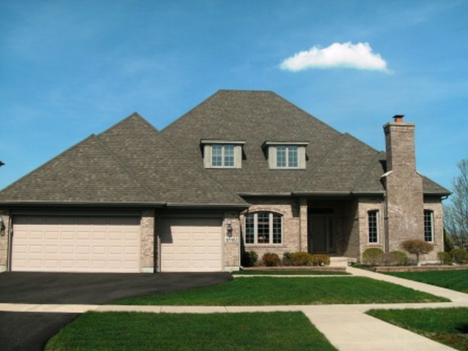 Real Estate Photography - 4N481 Samuel Clemens Dr, Saint Charles, IL, 60175 -