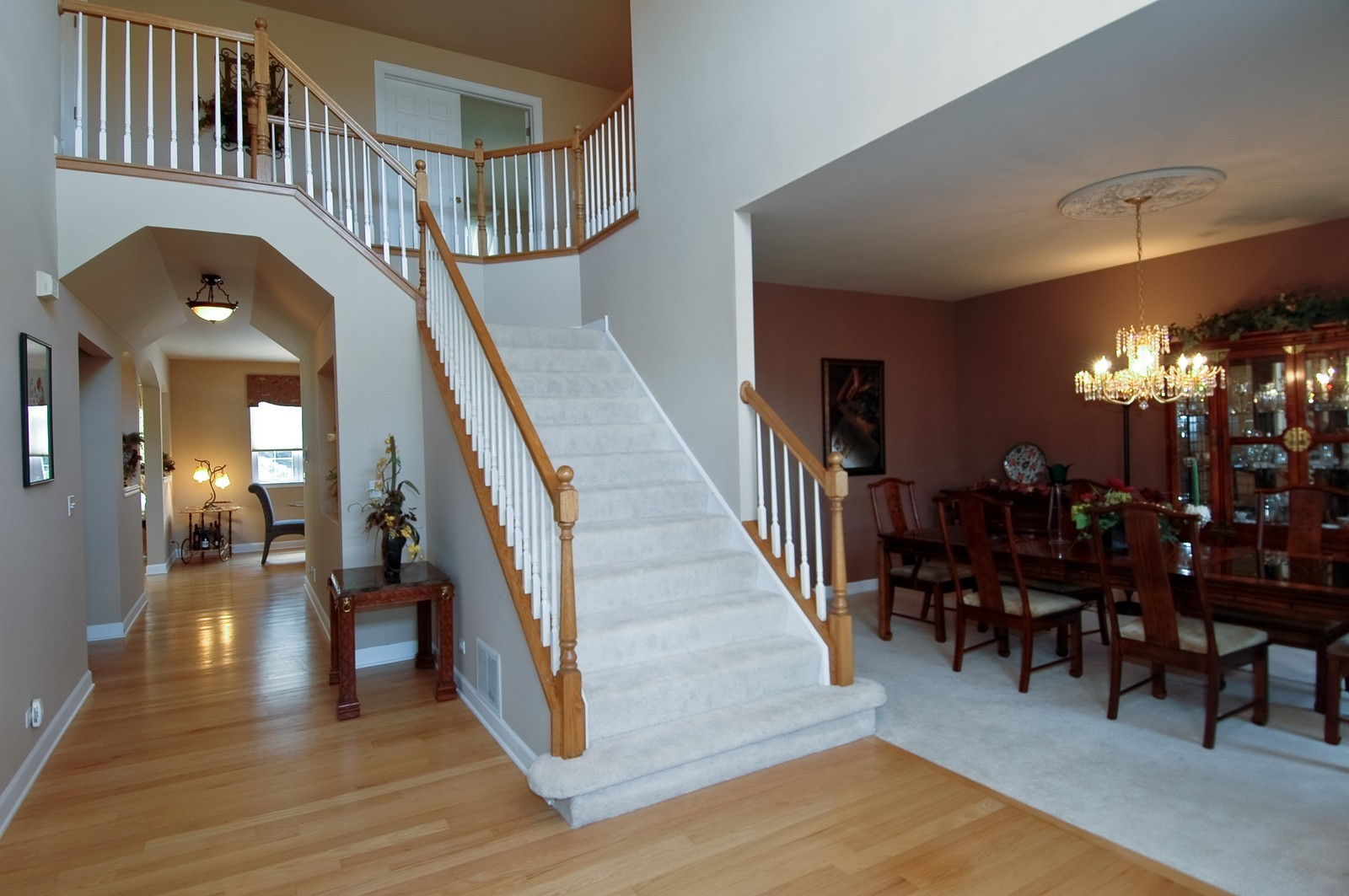 Real Estate Photography - 1001 Marble Ct, Lake in the Hills, IL, 60156 - Foyer/Dining Room