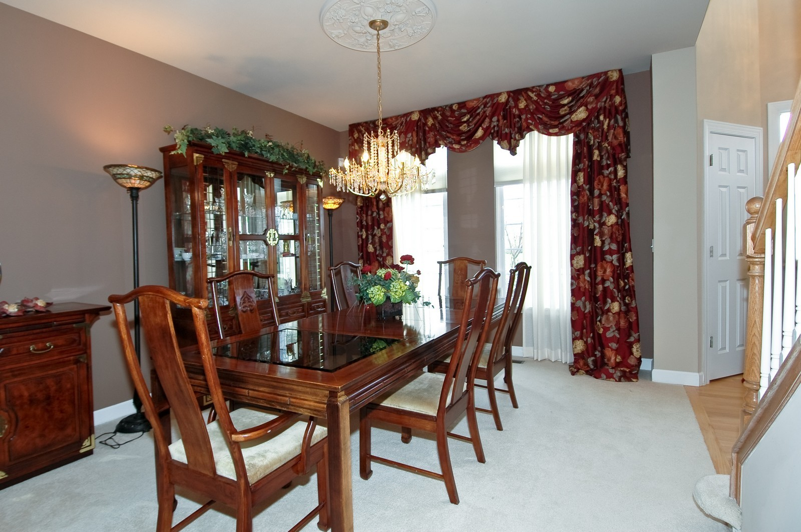 Real Estate Photography - 1001 Marble Ct, Lake in the Hills, IL, 60156 - Dining Room