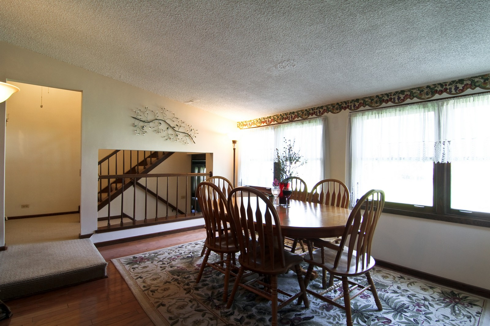 Real Estate Photography - 4605 Woodward Ave, Downers Grove, IL, 60515 - Dining Room