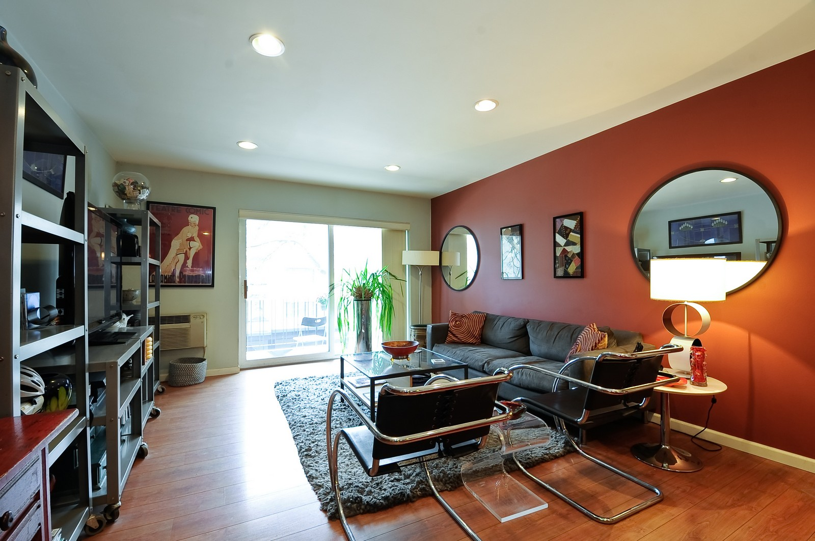 Real Estate Photography - 1321 W. Birchwood Avenue, Unit 308, Chicago, IL, 60626 - Living Room