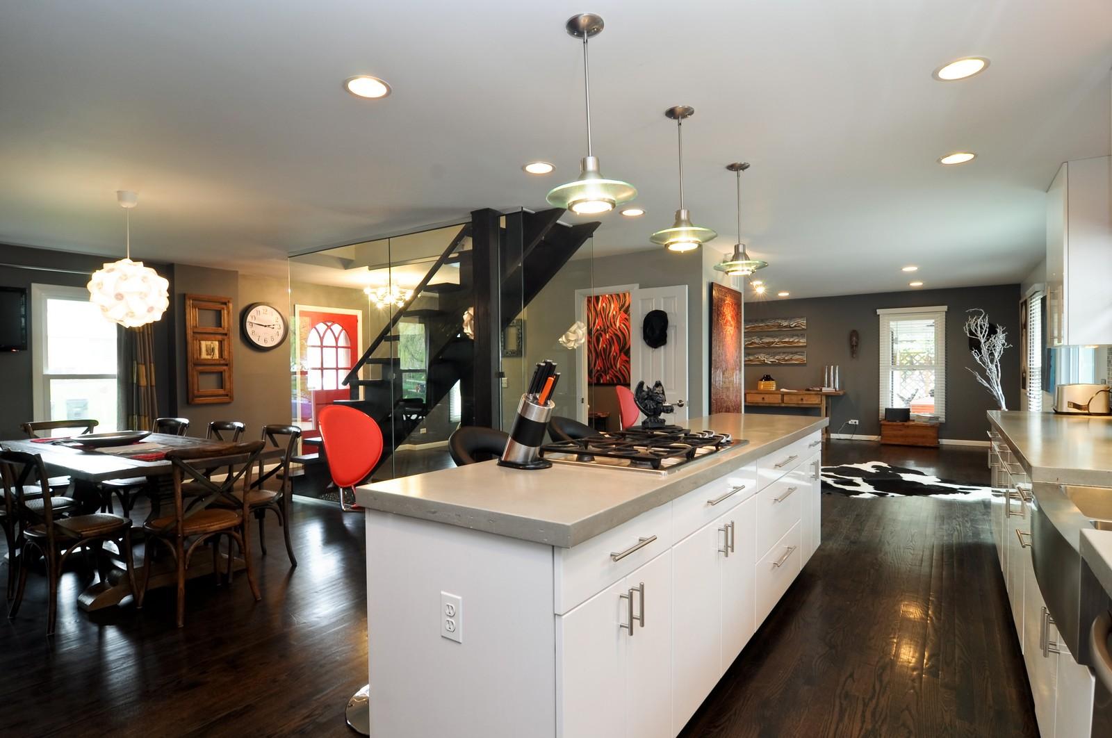 Real Estate Photography - 618 Hill St, Barrington, IL, 60010 - Kitchen