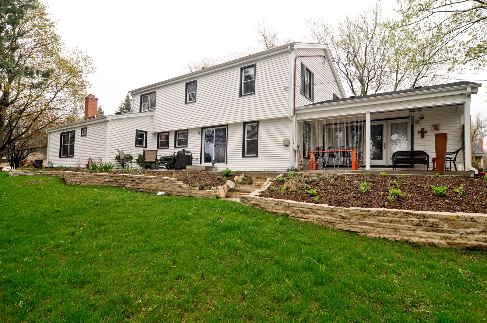 Real Estate Photography - 618 Hill St, Barrington, IL, 60010 - Rear View