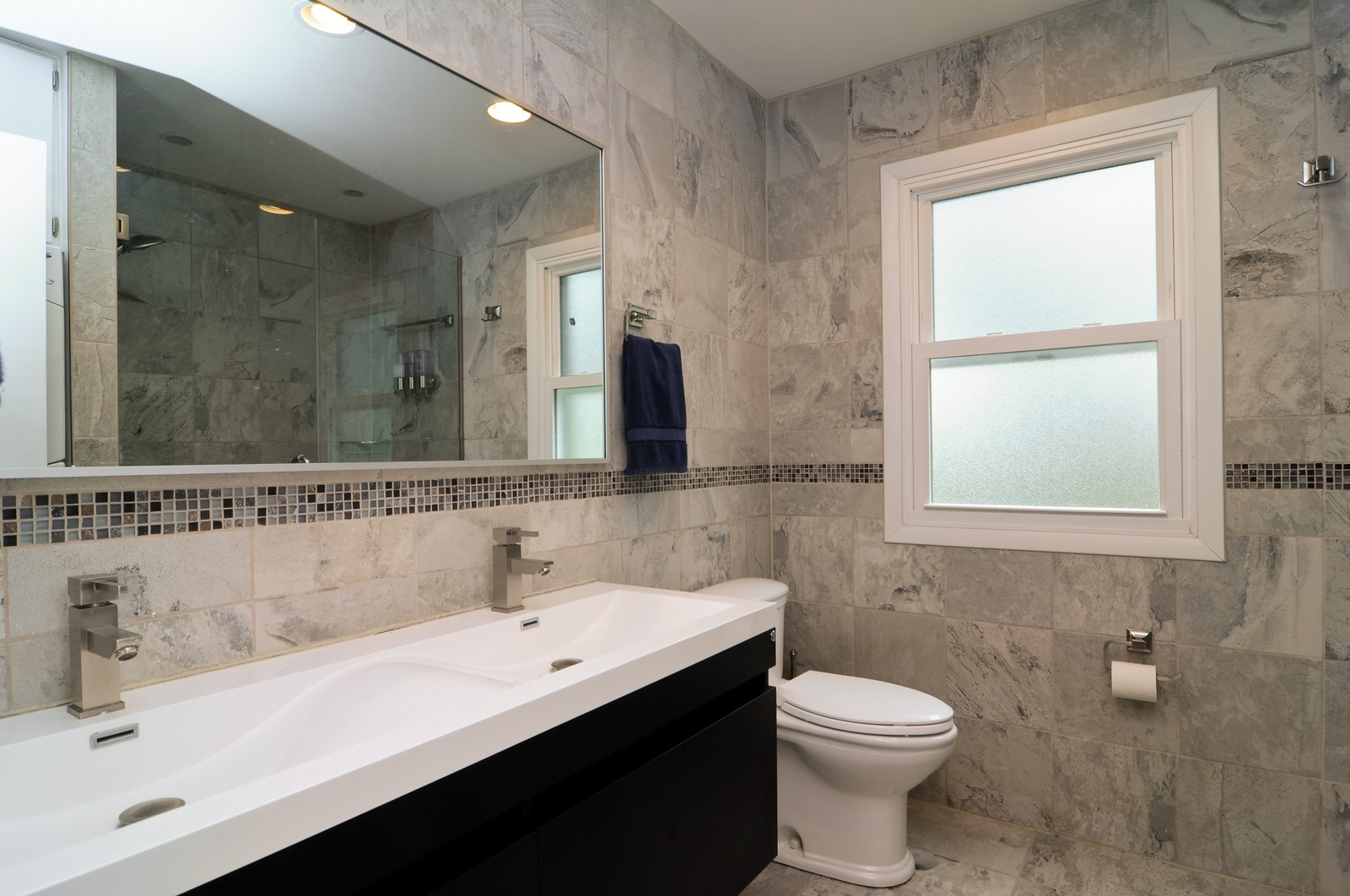 Real Estate Photography - 618 Hill St, Barrington, IL, 60010 - 2nd Bathroom