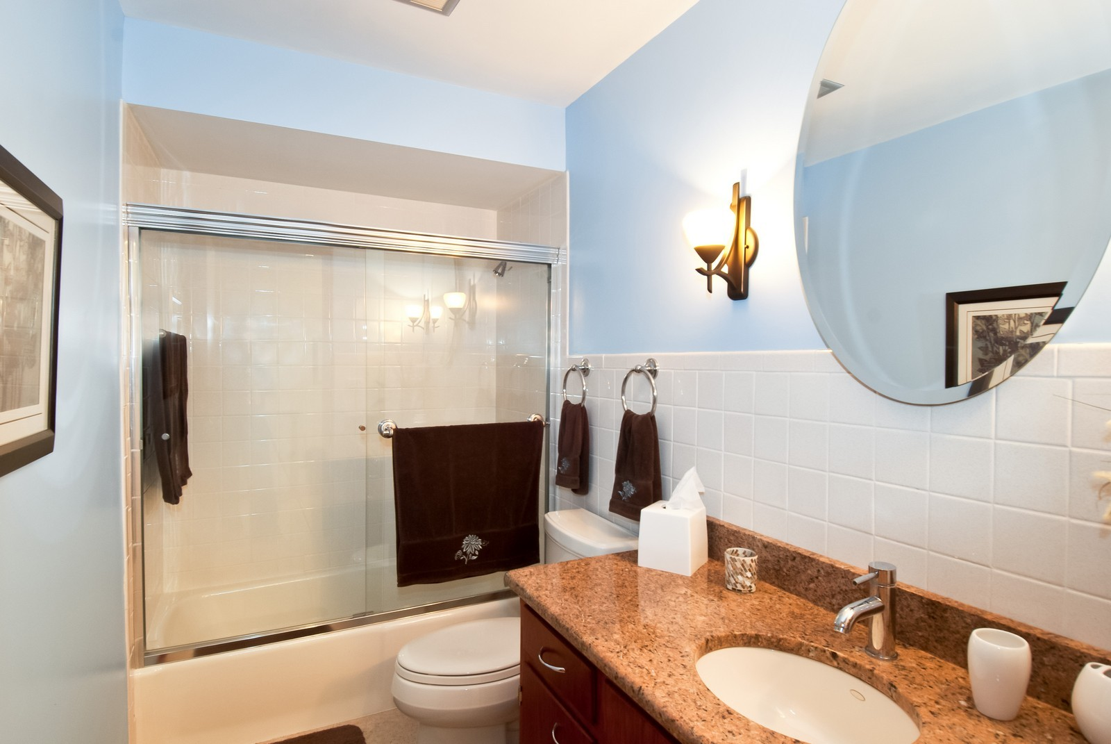 Real Estate Photography - 342 Eastern Ave, Unit 342, Barrington, IL, 60010 - 2nd Bathroom