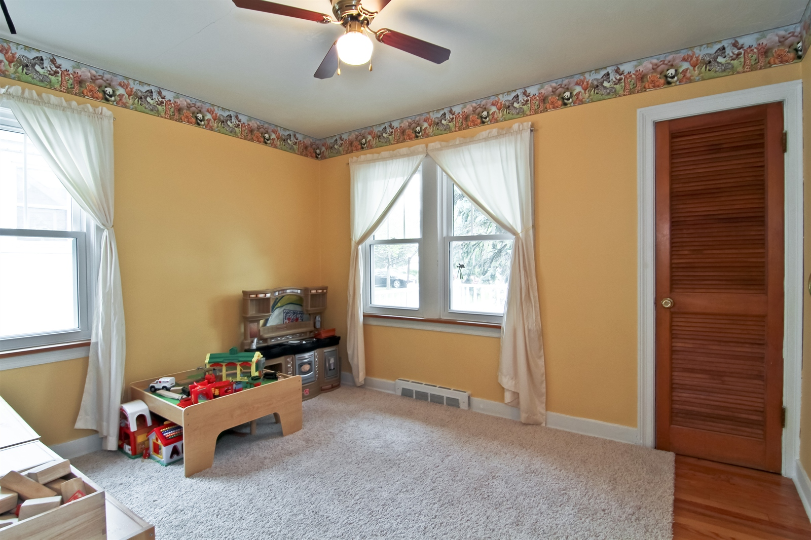 Real Estate Photography - 4244 N Lindley St, Downers Grove, IL, 60515 - First Floor Bedroom